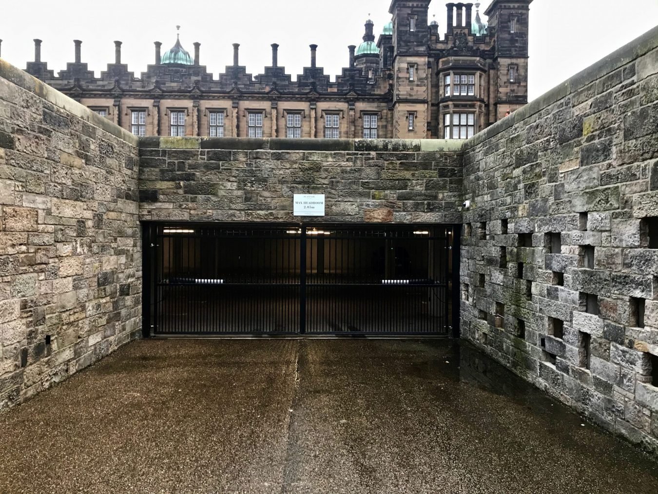 Electric Gates installed in Edinburgh