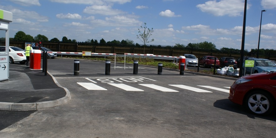 Automatic Car Park Barrier with Rising Bollards