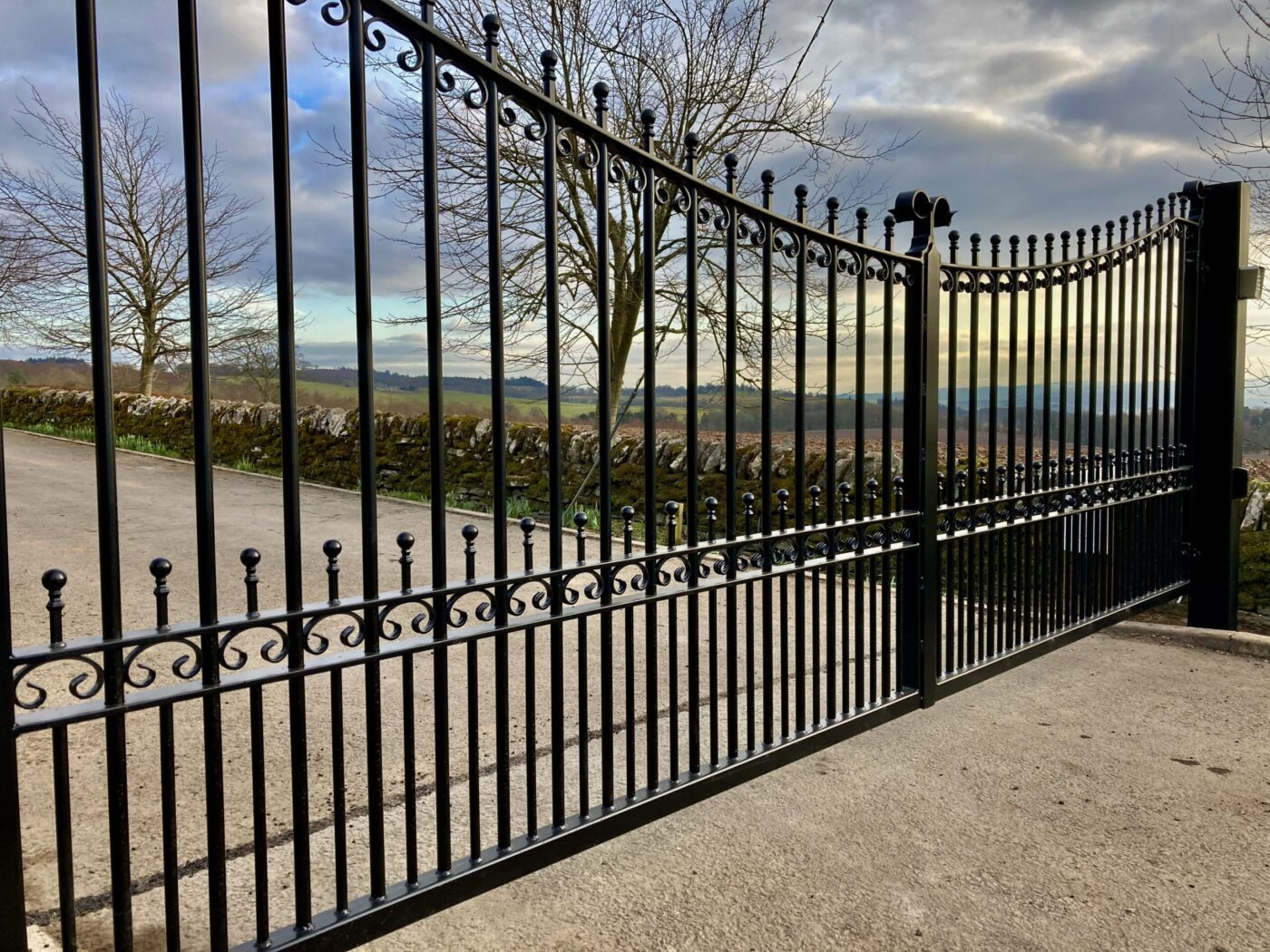 AES (SCOTLAND) LTD recently installed automatic metal driveway gate Dunblane Stirlingshire.